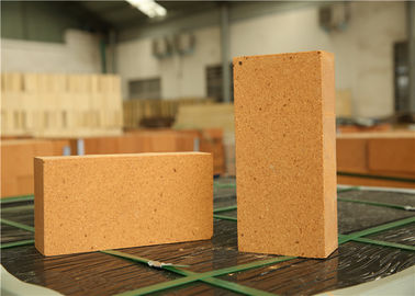 China Eco Friendly Materials Fire Clay Bricks Good Integrity With Furnace Lining distributor